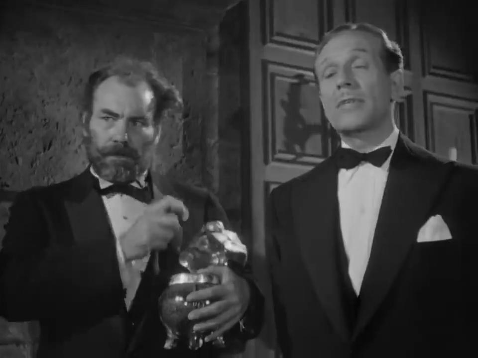 Harry Cording et Paul Cavanagh dans le film policier The house of fear (La maison de la peur, 1945) de Roy William Neill