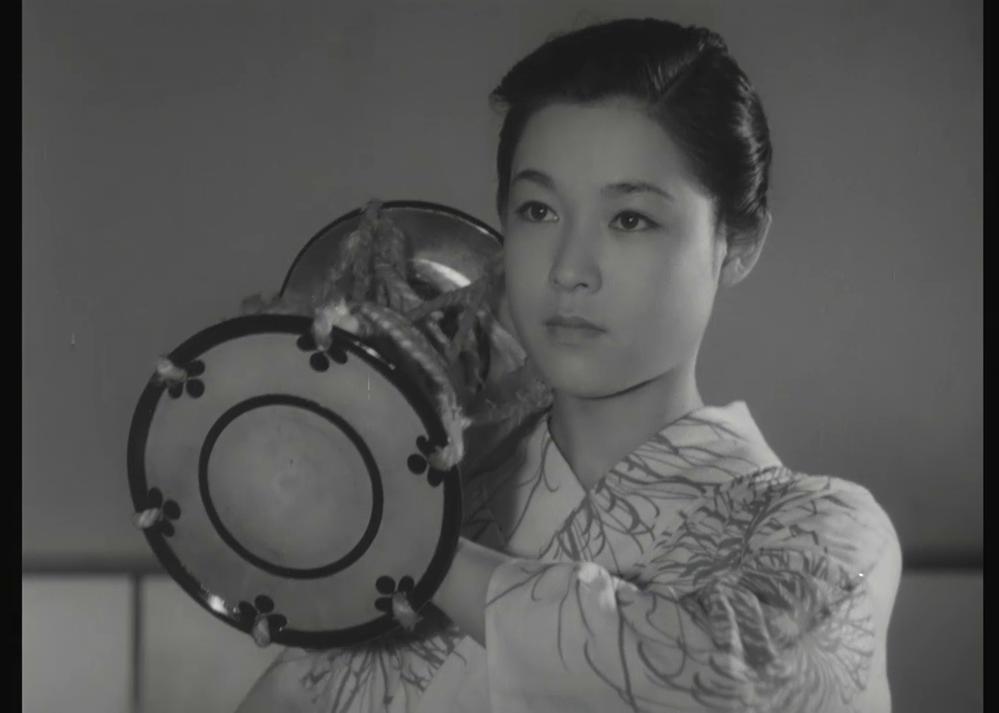 若尾文子 (Ayako Wakao) dans 祇園囃子 (Les musiciens de Gion, 1953) de 溝口 健二 (Kenji Mizoguchi)