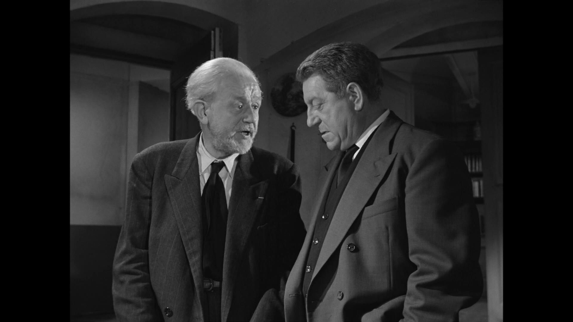 Jean Gabin et Antoine Balpêtré dans Le cas du docteur Laurent (1957) de Jean-Paul Le Chanois