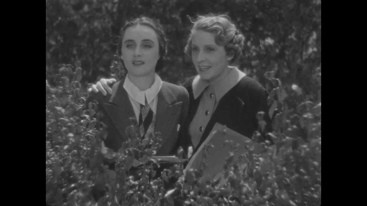 mademoiselle Laydeker dans le film Le roman d'un jeune homme pauvre (1935) d'Abel Gance