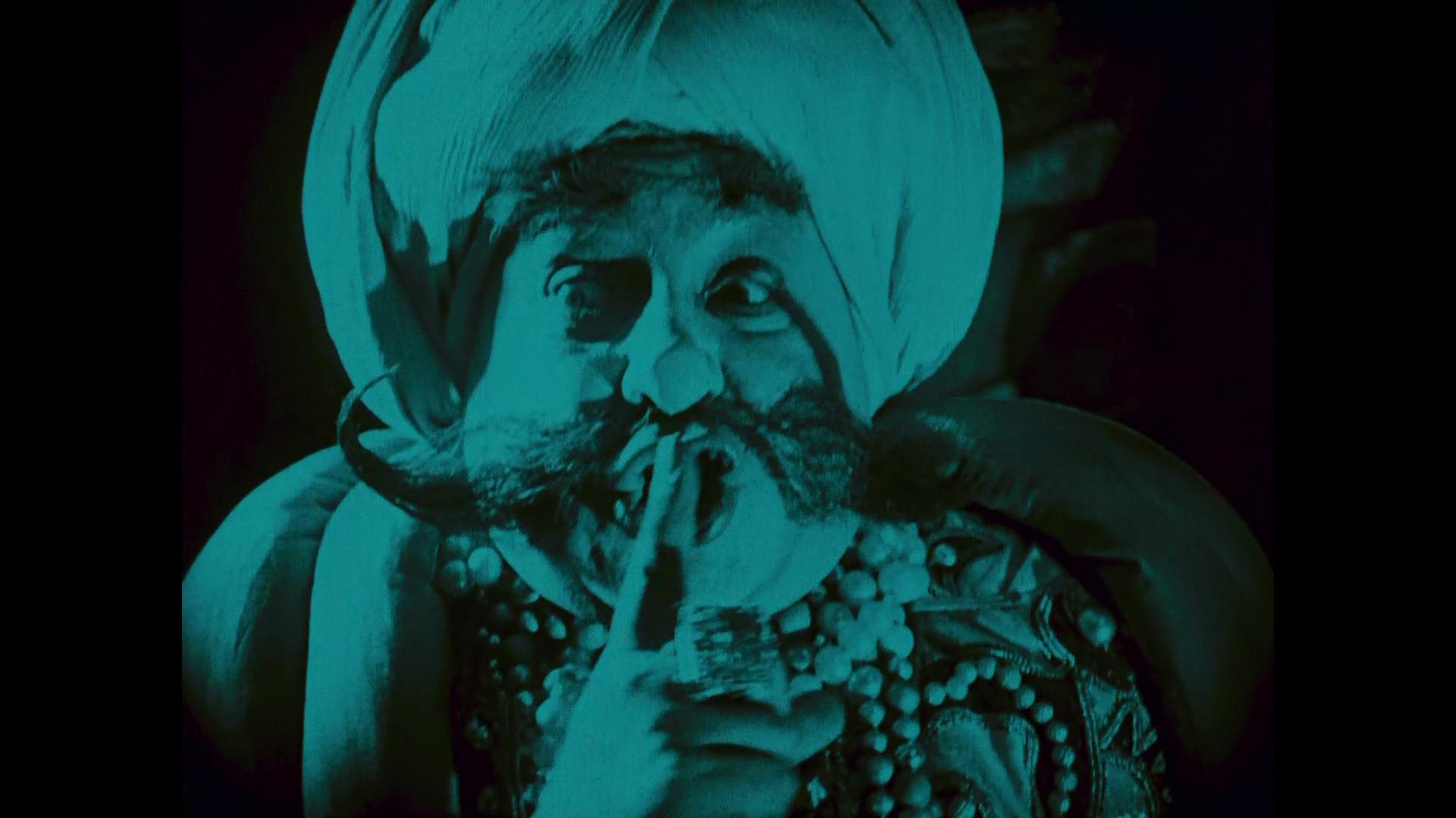 Emil Jannings est le calife Harun-al-Raschid dans Das Wachsfigurenkabinett (Le cabinet des figures de cire, 1924) de Paul Leni