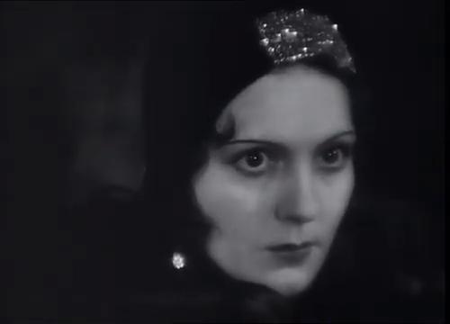 Renée Héribel dans le film La maison jaune de Rio (1931) de Karl Grune
