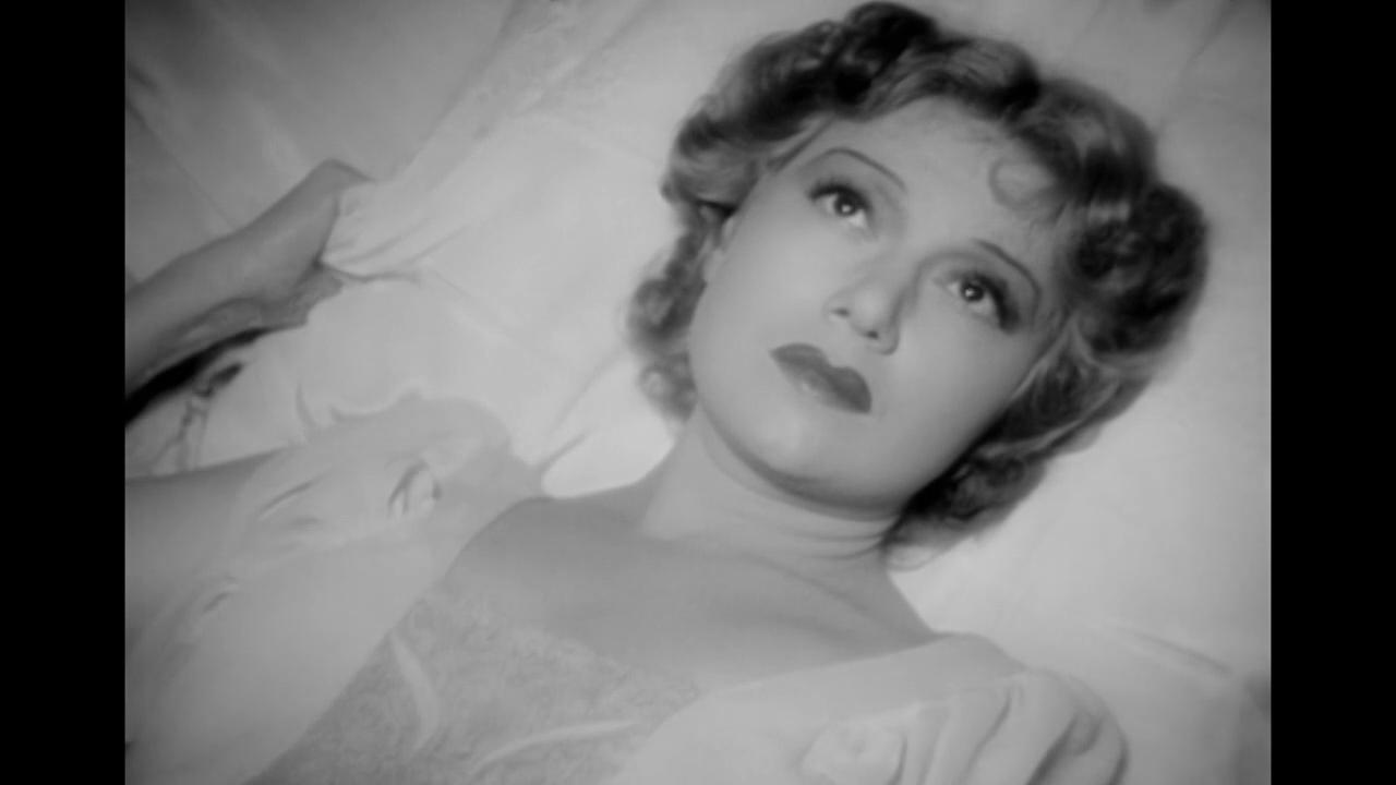 Edwige Feuillère dans La dame de Malacca (1937) de Marc Allégret