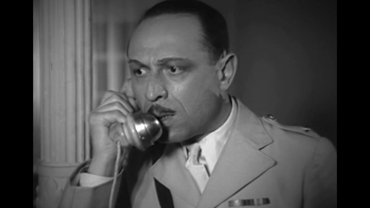 Jean Wall dans le film français La dame de Malacca (1937) de Marc Allégret