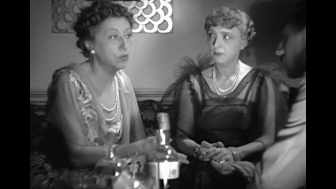 Gabrielle Dorziat et Betty Daussmond dans La dame de Malacca (1937) de Marc Allégret
