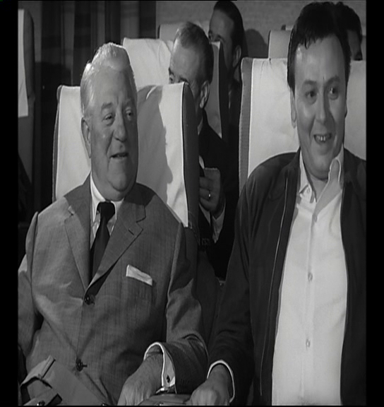 Jean Gabin et Maurice Biraud dans Le cave se rebiffe